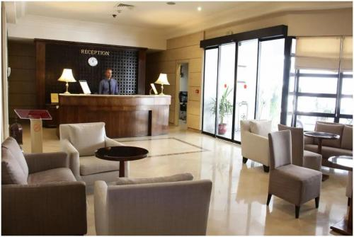 hotel-le-consul-tunis-reception
