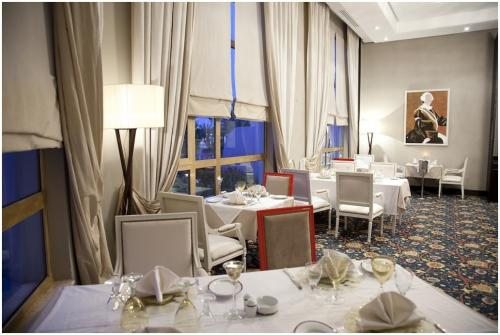 hotel-regency-tunis-restaurant