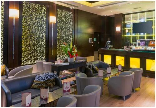 le-corail-suites-tunis-cafe